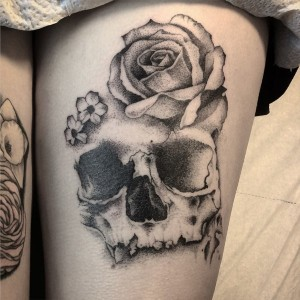 Dotwork-skull-rose-1.jpg